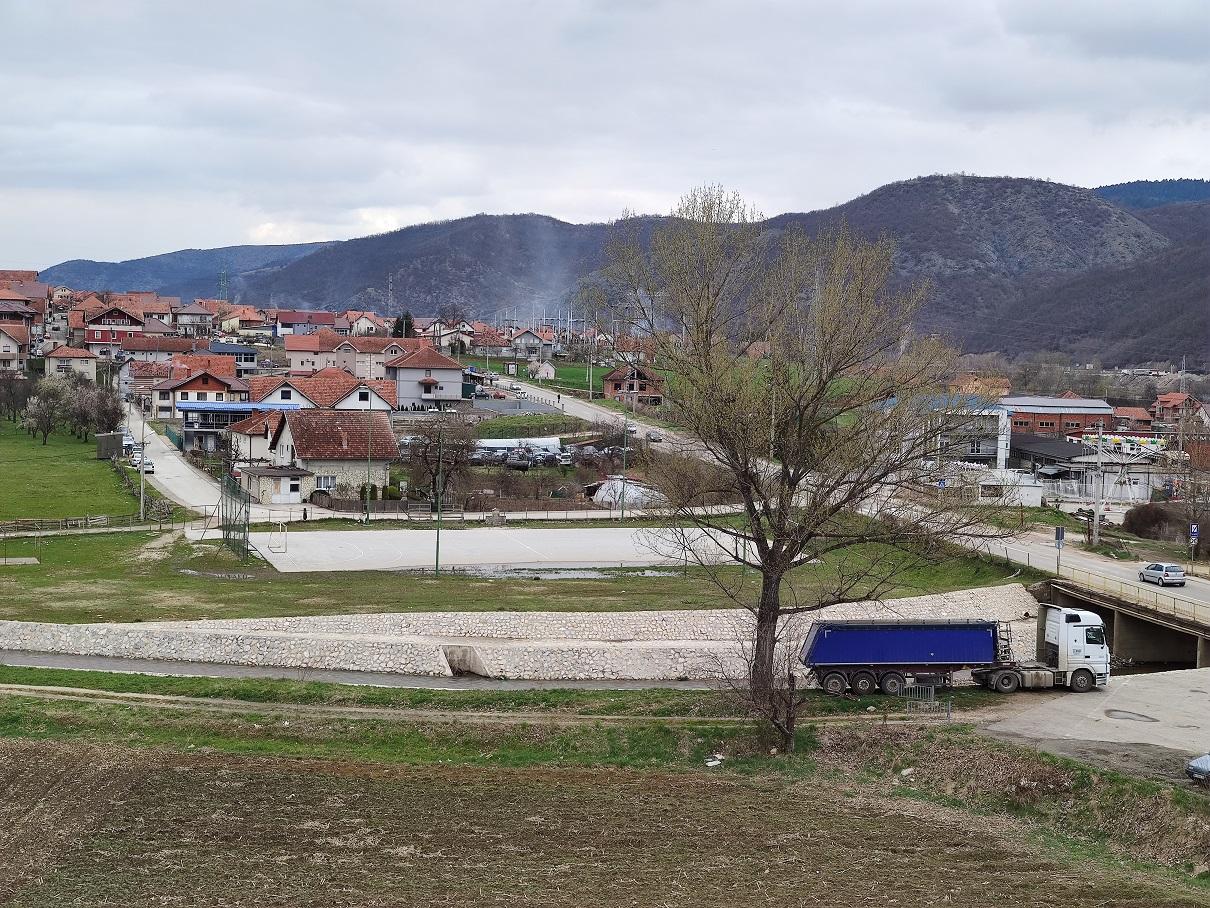 Propao tender za sportske terene na Deževskom - Naslovi.net